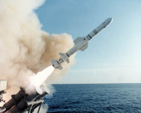 دانلود تحقیق موشک هارپون (AGM-84 Harpoon) و انواع موشکهای دریایی